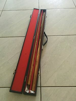 Snooker Cue in carry case