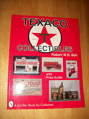 TEXACO GAS OIL STATION Price Guide Collector's Book Pump Signs Trucks Clocks