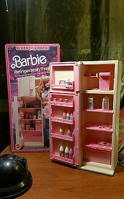 1987 Barbie Refridgerator Rose Furniture collection with Box/Accessories