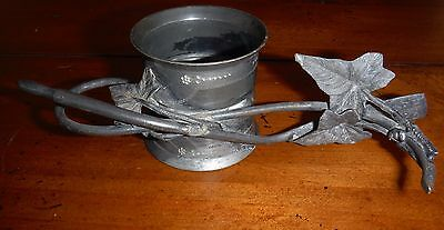 Beautiful Antique Silver Plate Figural Napkin Ring featuring Ivy Leaves