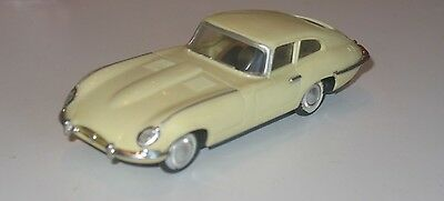 Ideal Motorific Classic Jaguar XKE with chassis and motor
