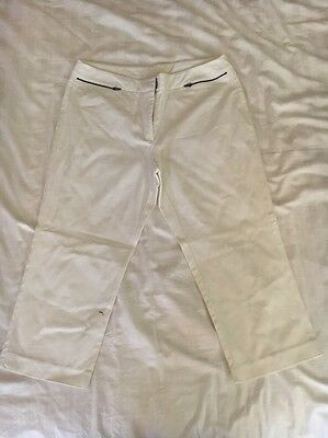 New Women's Suzannegrae White 3/4 Pants Size 14