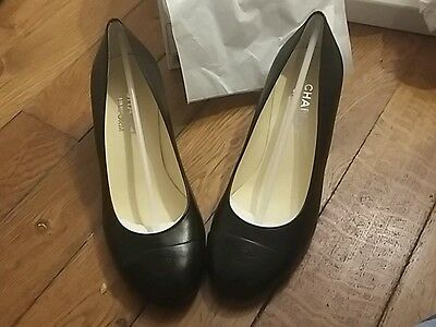 chaussures noires chanel uniforme taille 38