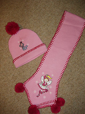 Girl's Lovely Hat & Scarf Set - 3-6 Years