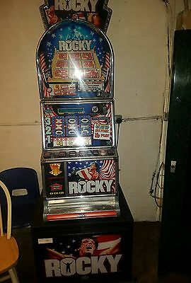 ROCKY fruit machine