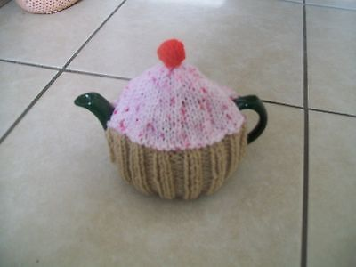 HAND KNITTED CUPCAKE TEA COSY FOR A SMALL TEAPOT (Pink sprinklies)