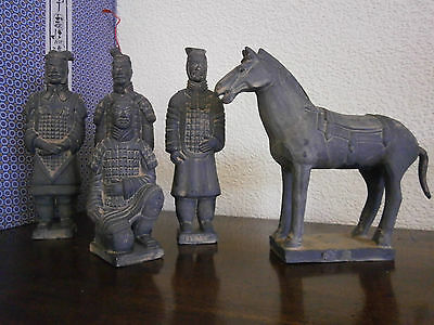 Vintage Chinese terracotta army replica set with horse has tail