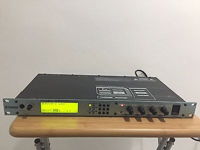Yamaha FS1R Rackmount FM Formant Synthesizer Synth - Vintage - Retro