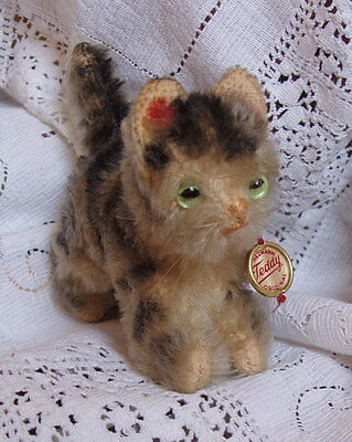 Antique / Vintage Hermann Teddy Cat Kitten, Mohair Straw Filled With Metal Disc
