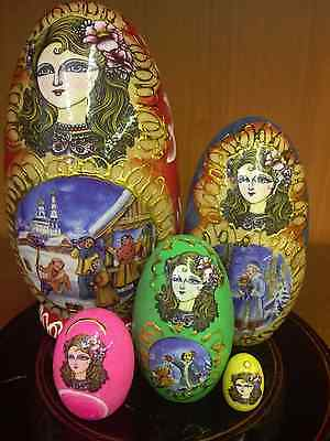 HAND PAINTED Wooden Beauty Russian Dolls. Set of 5 pcs