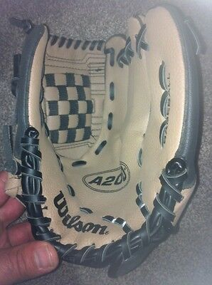 Wilson A200 Series 10 Inch Youth Fastpitch Baseball Softball Glove  New