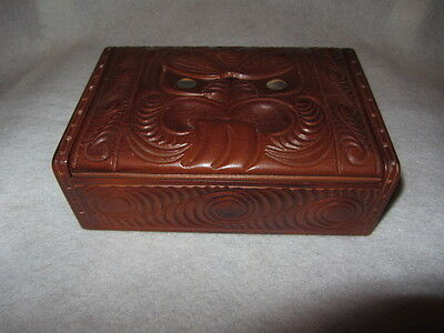 Vintage Oceanic Aborigines Wooden Carved Jewelry Box
