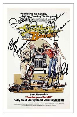 Script  / Screenplay  Smokey And The Bandit    *signed Cover