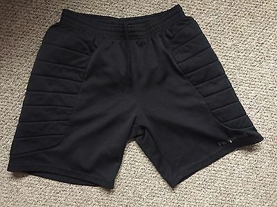 Boys Men's Padded Goalkeeper Shorts Size Large Hummel