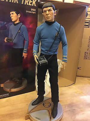 Sideshow Collectibles Spock- Star Trek  1/4 Scale Immaculate