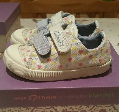 Girls clarks canvas shoes size 5.5F