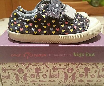 Girls clarks canvas shoes size 6.5F