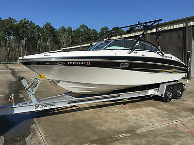 Four Winns 260 Horizon Ski, Wakeboat with Volvo Penta 8.1 Liter and New Trailer