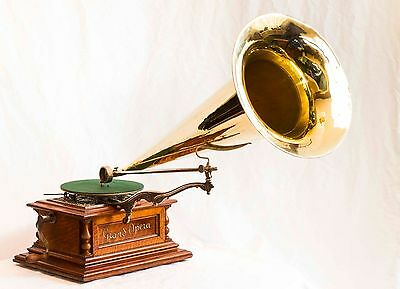 Zonophone Grand Opera Phonograph with 30 inch All Brass Horn