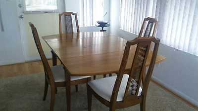 Vintage Mid Century Modern Drop Leaf Dining Table And 4 Chairs