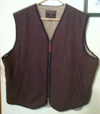 WOOLRICH PILE LINED VEST MENS Large WOOL BLEND  Excellent Condition