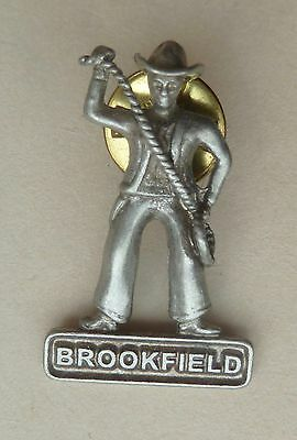 Brookfield Cowboy with Rope Lapel Hat Souvenir Button Pin