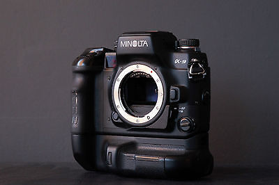 Minolta α9 professional film SLR, with VC-9 grip and RARE DM-9 data-memory back