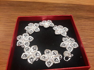 Brand new chunky Silver plated 925 stamped  daisy  bracelet +Gift Box