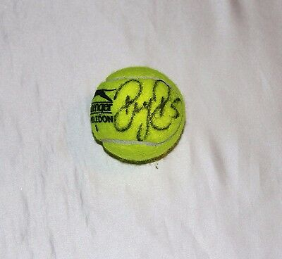Wimbledon Tennis Ball Signed By Roger Federer with COA