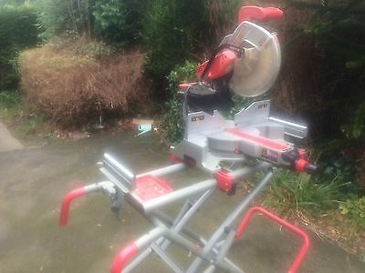 Milwaukee MS305DB 110v 305 mm Dual Bevel Sliding Mitre Saw +stand