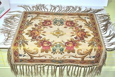 Belgium Scarf with Roses and Fringe Tapestry Tablecloth