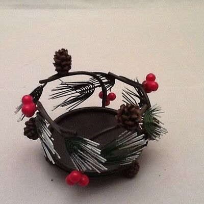 YANKEE HOLIDAY CANDLE HOLDER Metal Pinecones Holly Berry