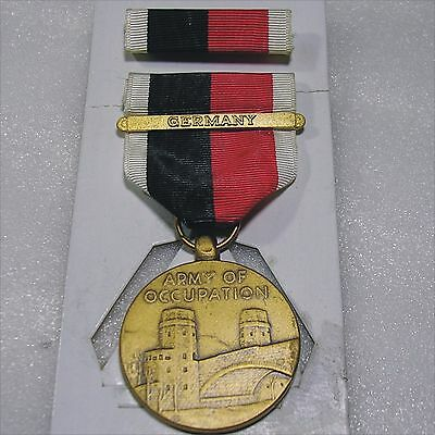 1945 Army of Occupation Bronze Medal & Ribbon Bar Germany