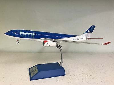 Airbus A330-200 BMI G-WWBD Ref: ARD2016 a die-cast model in 1/200 (with stand)