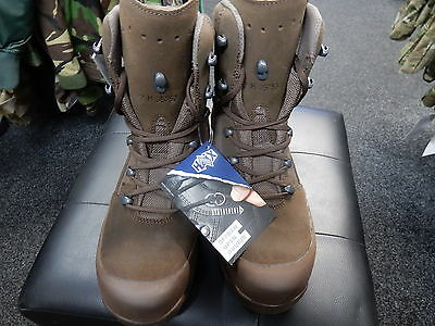 Genuine British Haix High Liability Male Brown Dessert Combat Boot Size 10W NEW