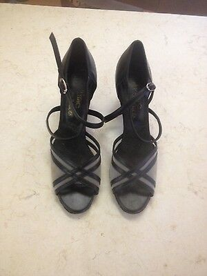 ladies ballroom dance shoes. Size 9