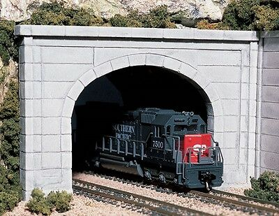 2 Woodland Scenics Concrete Double Tunnel Portable N Scale # C1156