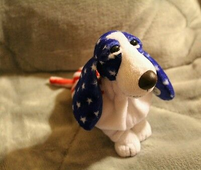 """6"""" HUSH PUPPIES APPLAUSE AMERICAN FLAG BASSET HOUND BEANIE **Limited Edition **"""