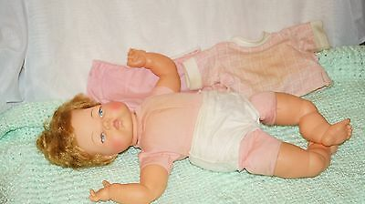 "Thumbelina 19"" Crier Doll Ideal Complete All Original"