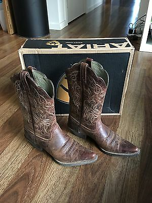 Women's Ariat Boots Horse Riding Leather Size 39 Or 8