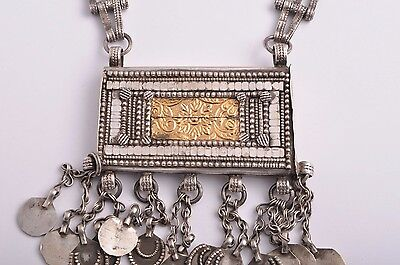Antique traditional Omani Omani Silver & Gold Herz Pendant Necklac