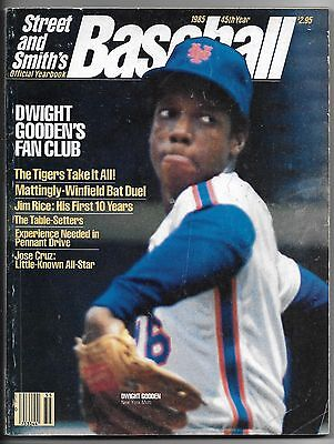 1985 Street & Smith's Major League Baseball Yearbook-Dwight Gooden front cover!