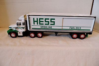 1987 HESS TOY TRUCK BANK - EXCELLENT in BOX with INSERTS