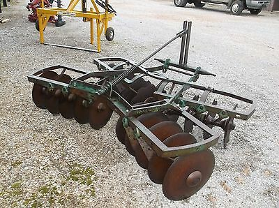 Used JOHN DEERE KBL 6 ft. 3 pt. Lift Disc Harrow *WE CAN SHIP CHEAP AND FAST*