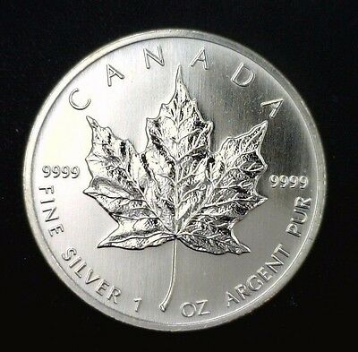 2004 Canadian Maple Leaf $5 1 oz .9999 Fine Silver Gem BU 001