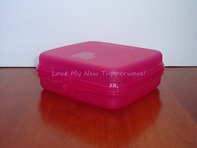 Tupperware Sandwich Keeper Hinged Easy-Open Tab Fuchsia Kiss Pink New
