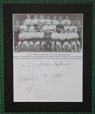"""PORT VALE C1954 SIGNED DISPLAY  IN 12"""" x 10""""  MOUNT x 7 PLAYERS IN PENCIL. RARE"""