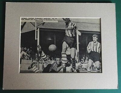 """RON SPRINGETT - SHEFFIELD WED & ENGLAND KEEPER  SIGNED MOUNTED PICTURE  9"""" x 7"""""""