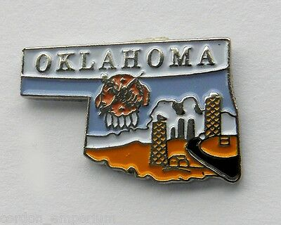 UNITED STATES OKLAHOMA STATE NAME MAP PIN BADGE 3/4 inch