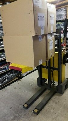 Van Truck Loader Tail Lift Electric Pallet Truck Forklift B/in Charger Brand New